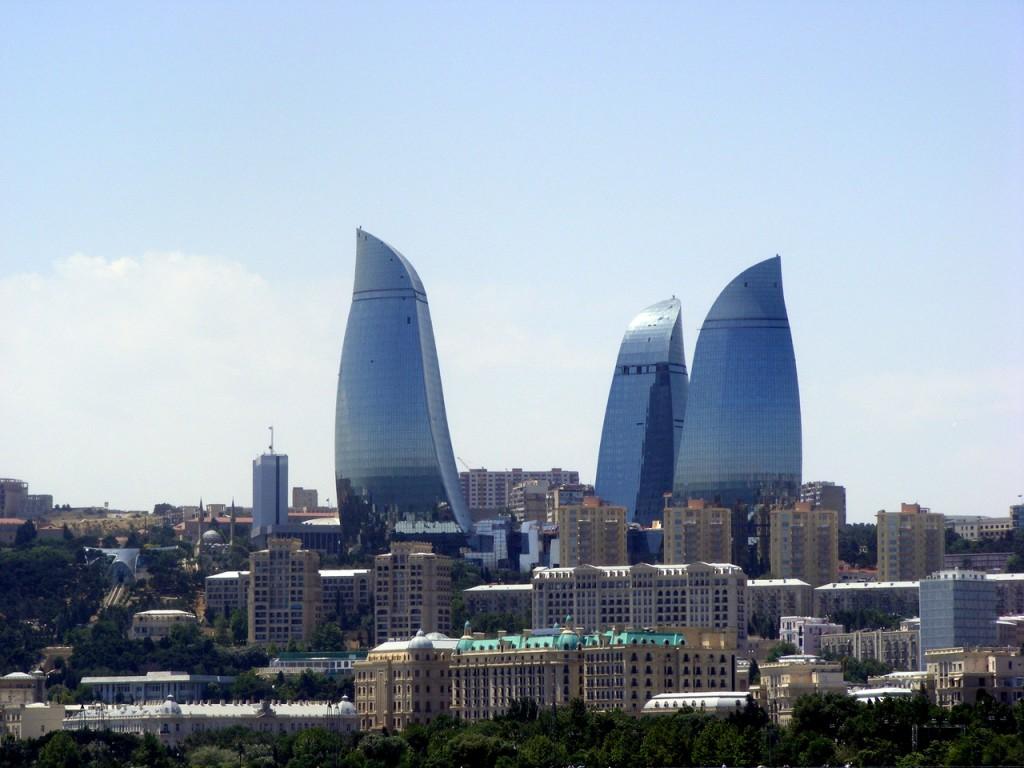 Вид на г. Баку, фото tvplaneta.ru