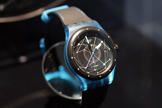 Часы Swatch Sistem 51, фото TJournal